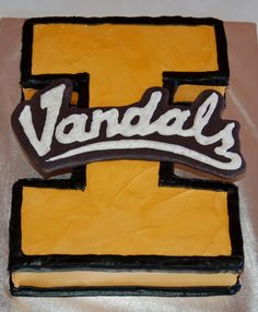 Idaho Vandals Cake- For John's bday :)