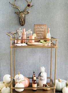 Bar Cart Ideas - There are some cool bar cart ideas which can be used to create a bar cart that suits your space. Having a bar cart offers lots of benefits. This bar cart can be used to turn your empty living room corner into the life of the party. Diy Bar Cart, Gold Bar Cart, Bar Cart Styling, Bar Cart Decor, Bar Carts, Ikea Bar Cart, Golf Carts, Thanksgiving Parties, Thanksgiving Decorations