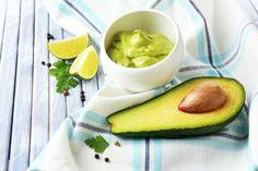 Os 8 – Grandes – Benefícios do Abacate e da Sua Semente Para Você Ter Seus Cabelos e Pele Lindos, Sua Saúde Perfeita e Uma Silhueta Incrível!