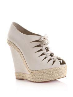 Nina Fresa Fashion Critic: March 2011