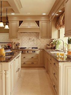 Tile design over cooktop