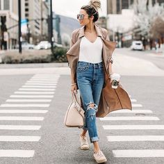 What we can't live without? The perfect pair of everyday jeans. : @hellofashionblog #Regram via @shopstyle