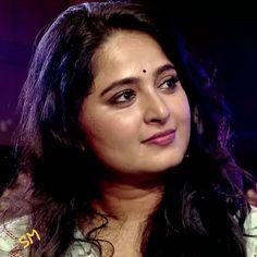 Anushka Images, Anushka Photos, Indian Natural Beauty, Most Beautiful Indian Actress, India Beauty, Actress Photos, Telugu, Indian Actresses, Beauty Women