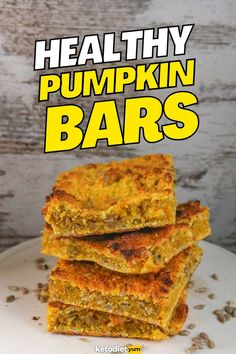 Healthy keto pumpkin bars are a delicious low-carb breakfast! Soft, chewy and loaded with pumpkin flavor they're loaded with energy to kickstart your day. Quick Keto Breakfast, Egg Recipes For Breakfast, Diet Recipes, Vegetarian Recipes, Healthy Recipes, Diet Meals, Healthy Pumpkin Bars, Recipes For Beginners, Quick Easy Meals