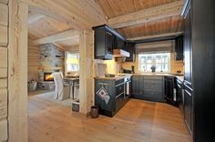 VA05677 retusj Cabin, Small Spaces, Interior Decorating, Kitchen, Home, Interior, Log Homes, Interior And Exterior, Home Decor