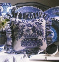 ,Never enogh blue and white need to get this pillow.