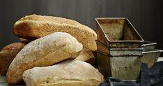 Mikä maku! Yön yli kohonnut taikina on ihanasti hieman hapan, ja tämä leipä säilyy tuoreena pitkään. Bread, Food, Brot, Essen, Baking, Meals, Breads, Buns, Yemek