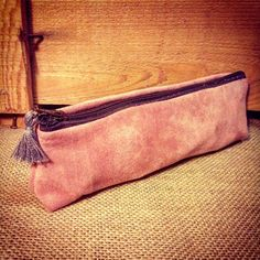 PETITE TROUSSE de SAC Coton PEAU DE PECHE ROSE interieur Lin coton 19X7cm CADEAU NOEL : Etuis, mini sacs par le-petit-atelier-de-laure