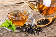 To keep ourselves healthy and cheerful, are you interested to know the wonderful health benefits of drinking black tea in daily lifestyle? Here are 10 wonderful health benefits for your happiness. Healthy Scalp, Healthy Hair, Dyed Natural Hair, Natural Hair Styles, Grey Hair Remedies, Natural Remedies, Premature Grey Hair, Herbal Tea, Herbs