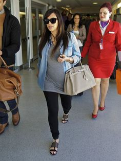 Kim Kardashian Traveling While Pregnant | cute pregnancy outfit or even not pregnant outfit