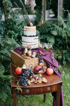 fall woodland weddin