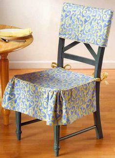 Очень хорошая вещь — чехлы на стулья. Надели их — и как будто новые стулья купили. Представляю суперпростую модель: два тканевых полотнища перекинуты крест-накрест и зафиксированы завязками……