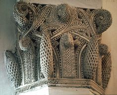 Image SPA 2930 featuring capital from the Synagogue, in Toledo, Spain, showing  using stucco or plasterwork.