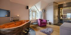 Luxury Bed & Breakfast in Snowdonia : Coes Faen Spa Lodge : Great Little Places