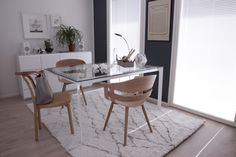 työhuone Dining Chairs, Dining Table, Furniture, Home Decor, Decoration Home, Room Decor, Dinner Table, Dining Chair, Home Furnishings
