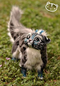 Ice Ocelot Chibi Dragon Spirit Poseable art doll door LisaToms