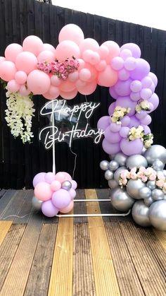 Birthday Balloon Decorations, Birthday Party Centerpieces, Happy Birthday Balloons, Balloon Centerpieces, Balloon Backdrop, Balloon Garland, Balloon Ideas, Butterfly Birthday Party, 16th Birthday