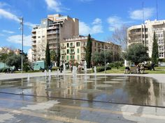 Real Estate Villanord. Photo Gallery. Parc de les Estacions cerca de Plaza España con bonitos jardines