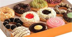 Yummy treats from J. Co Donut (Ayala malls). oooohhh, I want to try some. Looks delish! :)
