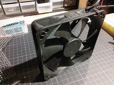 Alter PC-Lüfter 120 x 120mm 12V