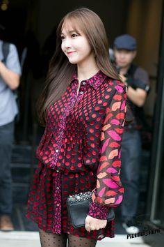 ( 150913 ) New York Fashion Week. Snsd Fashion, Korean Fashion, South Korean Girls, Korean Girl Groups, Girls Generation Jessica, Jessica Jung Fashion, Exo Red Velvet, Jessica & Krystal, Girl Day