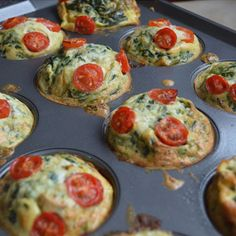 Mini Breakfast Frittatas to Go! I make a batch in a muf­fin pan and stick them in the fridge, ready to be grabbed in the morning. You can make these with what­ever veg­eta­bles and/or meat that you fa (Spinach Muffin Mini Frittata) Muffin Tin Recipes, Baby Food Recipes, Snack Recipes, Cooking Recipes, Muffin Tins, Toddler Meals, Kids Meals, Toddler Food, Kid Friendly Meals