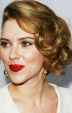 Amazing Curly Bun Updo But With Loose Hair In The Front Hair Amp Beauty Short Hairstyles Gunalazisus