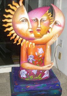 "Sculpture ""Sun and the Moon"" by Sergio Bustamonte"