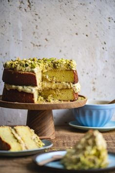 Lemon Ricotta Cake with Toasted Pistachio Frosting - by Hein van Tonder, awarded Cape Town based food photographer, videographer & stylist Baking Recipes, Cake Recipes, Dessert Recipes, Lemon Ricotta Cake, Pistachio Cake, Ricotta Torte, Ricotta Cheesecake, Cupcakes, Base Foods