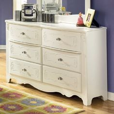 Youth Bedroom Dresser by AtHomeMart, http://www.amazon.com/dp/B004DRD4I6/ref=cm_sw_r_pi_dp_8cMtqb0780XVX