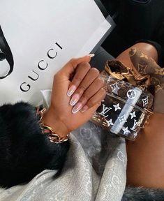 Boujee Lifestyle, Luxury Lifestyle Fashion, Luxury Fashion, Fashion Trends, Boujee Aesthetic, Black Girl Aesthetic, Foto Glamour, Mode Hipster, Bougie Black Girl