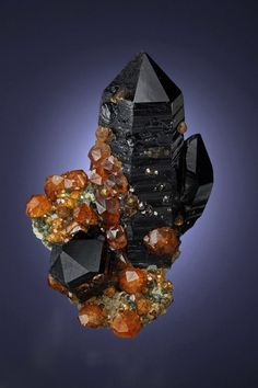 Smoky Quartz with Spessartine from China / Mineral Friends <3