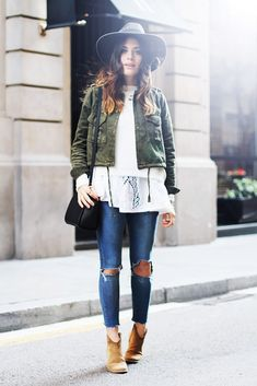 Chic fall outfit- (9 Awesome Blogger Outfits To Inspire You This Weekend via @WhoWhatWear)