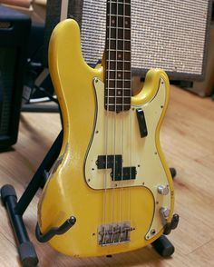 Vintage Fender Precision Bass from 1963 in Yellow