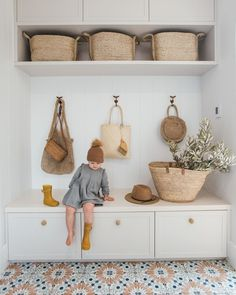 """Kyal and Kara on Instagram: """"Mud Room Dimensions    Up there with the most asked questions because... well who doesn't love storage for hiding bags (HOW did we…"""" Flur Design, Mudroom Laundry Room, Bench Mudroom, Mud Room Lockers, Bathroom Laundry, Diy Home Decor, Room Decor, Wall Decor, Laundry Room Inspiration"""