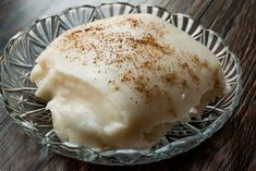 This Odd Turkish Dessert Is Made With Chicken—And It's Kind of Delicious? Dessert Pots, Chicken Spices, Course Meal, Meat Chickens, Breast Recipe, Iftar, Melted Cheese, Sweet Cakes, Recipe Using