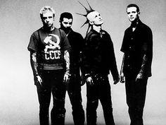 """Canal Electro Rock News: Rancid revela single inédito do novo disco """"Trouble Maker"""""""