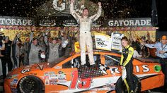 Carl Edwards wins the Southern 500