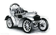 Rolls Royce 10 HP del 1904. http://www.nuvolari.tv/news/auto-d-epoca-piu-costose/1904-rolls-royce-10-hp