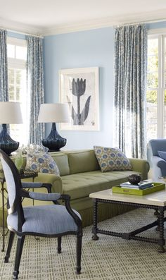 Living Room in Blue & Green ... I SO LOVE these colors .... they remind me of beach glass.