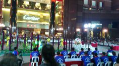 Lion Dance at Orchard Ngee Ann City 舞狮表演 http://mytravelfootstep.blogspot.com/