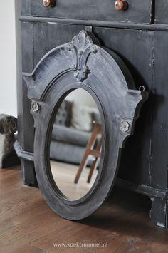 antique black mirror