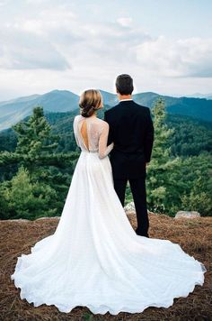 Beautiful view for a beautiful wedding photo!