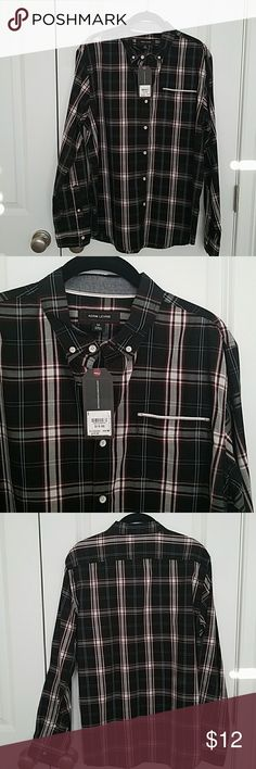 Adam Levine Mens shirt size M - BNWT Gorgeous  black/red/white button down shirt.  With signature buttons and pocket detail.  This is one of two in this size in my closet, check it out, will combine shipping! Adam Levine Collection Shirts Casual Button Down Shirts
