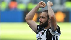 Serie A: Juventus stalwart Tacchinardi 'betting on Higuain' to settle Champions League
