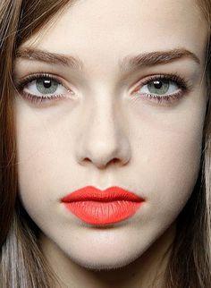 Eye Makeup to Balance Bold Lipstick   Beauty High