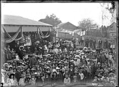 Sharing [Britannia Day, New Lambton Public School, NSW, 1900] at Living Histories