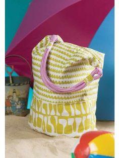 Mod Beach Tote; laura Jaquinto; stitch summer 15 | InterweaveStore.com