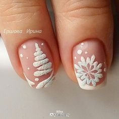 Christmas Nail Art Ideas + 149 Simple Designs for Holiday art Related posts: 51 Festive Christmas Nail Art Ideas: Holiday Nail Designs … Nail Art Noel, Xmas Nail Art, Xmas Nails, New Year's Nails, Holiday Nails, Fun Nails, Simple Christmas Nails, Valentine Nails, Halloween Nails