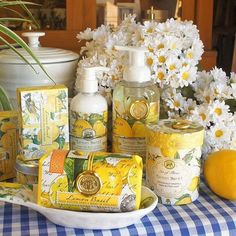A small amount of product can still make a big impact when staged to grab attention. The contrast of the checked tablecloth really makes this pop! Store Displays, It Works, Lemon, Canning, Instagram, Creative, Contrast, Design, Farmhouse
